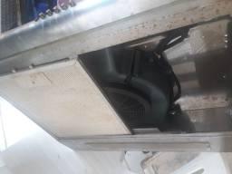 Vendo forno elétrico exaustor e uma chapa de lanche