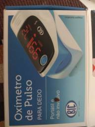 Oxímetro de pulso para dedo, usado somente uma vez, novíssimo.