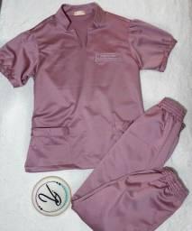 Pijamas cirúrgicos personalizados