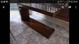 Aparador espelhado com suporte de vidro