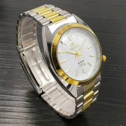 Orient Vintage 3 estrelas Crystal - Dourado - Fundo Branco