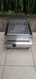 Charbroiler a gás impecavel nunca usado com parrilha de ferro R$900,00