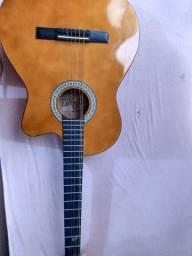 Violão Gianini usado com detalhe Jaboticabal!