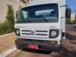 Caminhão Volks 8150 Delivery Plus - Baú - Único dono - Todo revisado