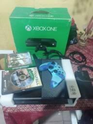 Xbox one fat 500GB na caixa