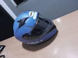 T/v capacete helt por mesa de som