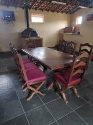 Mesa 8 cadeiras madeira maciça