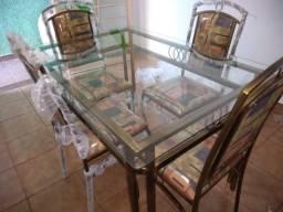 Mesa com 4 cadeiras de ferro reforçada soo 1998,00 facosta moveis