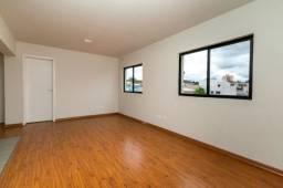 Título do anúncio: AP0726 - Apartamento com 2 quartos, 1 vaga, no Novo Mundo - Curitiba, Paraná.
