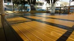 Deck de pinus tratado