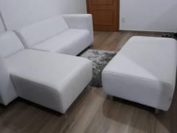 Sofá 2 lugares + Chaise Longue (direito) + Pufe - Cor branca