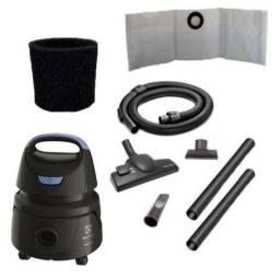 Aspirador de líquidos e sólidos Electrolux - Semi novo