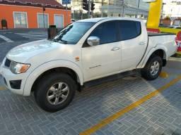 L200 Triton hpe 4x4 diesel automática - 2012