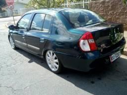 Clio sedan 2006 1.0 completo - 2006