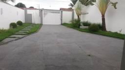 Casa alta padrão com piscina 3 Quartos