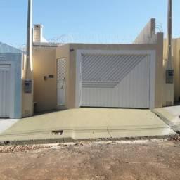 Casa p/ Alugar com 3 Dormitórios e uma Suíte no Bairro Morumbi Araçatuba - SP