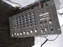 Mesa de som e amplificador