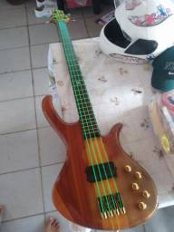 Bass de'oliveira modelo thunder top