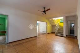 Casa para alugar com 3 dormitórios em Petrópolis, Porto alegre cod:328141