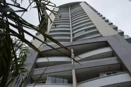 East Side, Apartamento com 03 suítes 03 vagas Próximo a Praça Martins Dourado