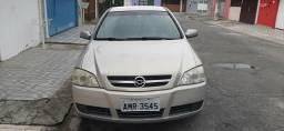 GM Astra sedan confort 2.0 ano 2005 Aceito trocas - 2005