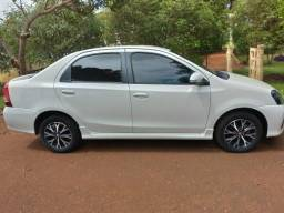 Vendo Etios Sedan Platinum - 2018