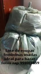 Lote de roupas usadas femininas
