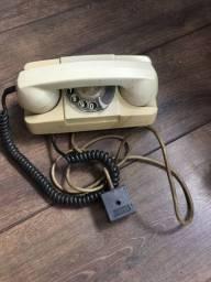 Telefone de mesa antigo decoração