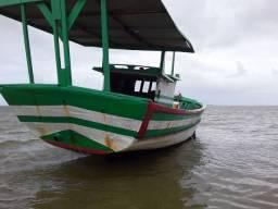 Vende se um barco