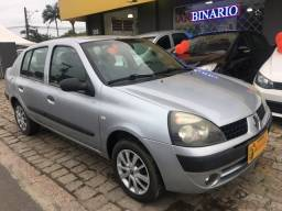 Clio sedan autentique 1.0 2006 com ar