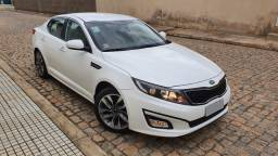 Kia Optima 2.0, com 7.200km, estado de zero, emplacado 2020