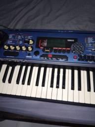 Teclado Yamaha DJX