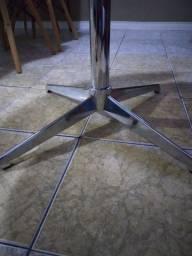 Poltrona Opala zero giratória.