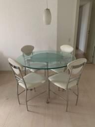 Conjunto mesa de vidro + cadeiras