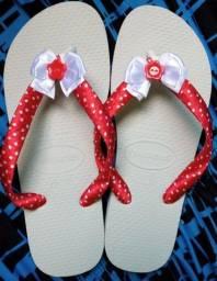 Sandálias  personalizadas da Cláudia