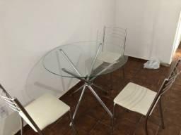 Conjunto mesa e 3 cadeiras