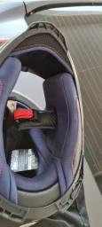Vendo capacete AXXIS!!XL 61/62  Rodou 100km somente.