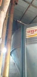 Vendo silo de armazenamento para grão
