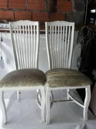 Cadeiras Madeira  Maciça Precisa reformar  6 Unidades  Estamos em Guarulhos bairro cocaia