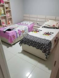 Duas camas solteiro!!Duas janelas!!!