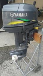 Motor 25hp Yamaha pouca horas de uso