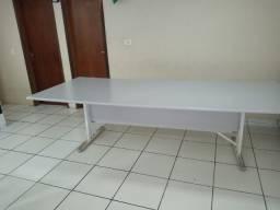 Mesa de reunião em mdf R$ 490,00