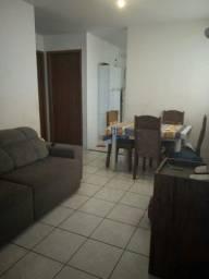 Aluga - se apartamento