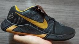 Tenis Nike 40