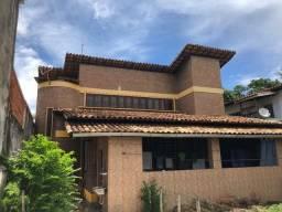 SU122 - Casa em Itapuã - 4 dormitórios