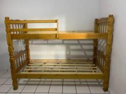 Vende-se duas camas que viram beliche