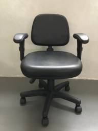 Cadeira Secretária Executiva Escritório Home Office Giratória