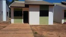 Alugo casa em condominio