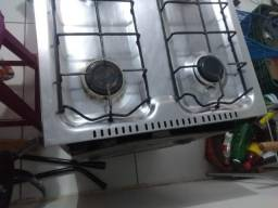 Fogão 4 bocas com forno