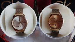 Complete seu look com um belo relógio feminino à prova d'água!